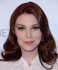 kaitlyn black hair - Google Search | Wavy hairstyles medium ...
