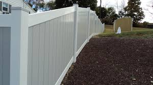 Mix N Match 5 High Vinyl Fence Gray Panels With White Rails Vinyl Fence Vinyl Privacy Fence Backyard Fences