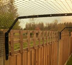 Cat Fence Brackets Cat Fence And Catio Specialists Sanctuary Sos