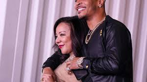 T.I. Apologizes to Wife Tiny, Daughters ...