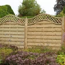 Hartwood 6 X 6 Horizontal Weave Fence Panel With Wavy Trellis