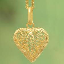 gold plated filigree heart necklace