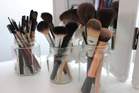 tips on cleaning your makeup brushes