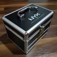 nyx mini train case nyx cosmetics