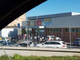 Assalto ai supermercati, file da San Cesareo a Palestrina - Monti ...