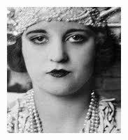 flapper makeup look history