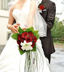 باقات ورد حمراء للعروس 2018 مجلة هي