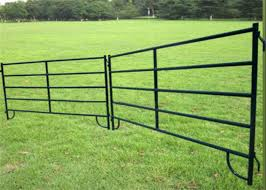Anti Rust Portable Cattle Corrals Heavy Duty Cattle Corral Panels Long Working Life