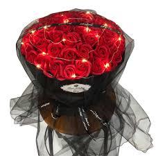 الورد باقة عيد ميلاد المجاملة هدية لصديقة وصديقة محاكاة وهمية