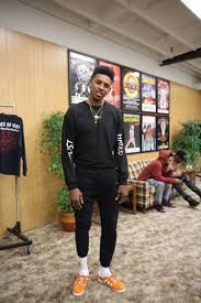 tip of the month what did swaggy p wear
