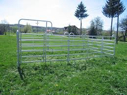 Pipe Horse Fence For Farm Animal Camping Fairs Arena Fencing