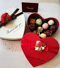 personalised chocolate gift bo india
