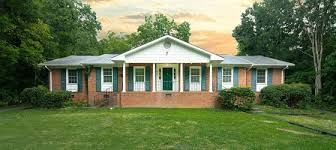 unc houses for near cus