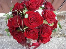 بوكيه ورد احمر اجمل صور لبوكيهات الورد باللون الاحمر وداع وفراق