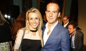 Martin Lewis hits back at fan who ...