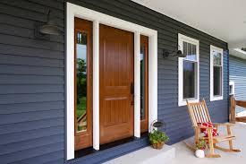 How to choose wood door manufacturers?