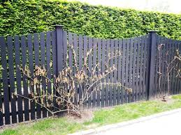 17 Best Ideas About Wood Picket Fence On Pinterest Picket Fences Wood Picket Fence Fence Decor Farm Fence