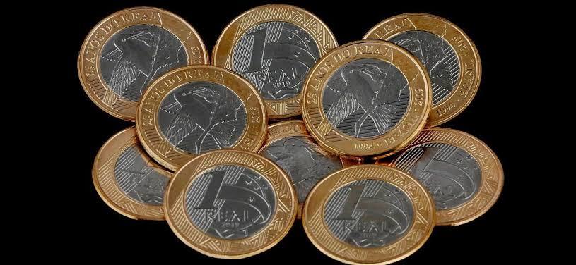 Resultado de imagem para conferindo moedas