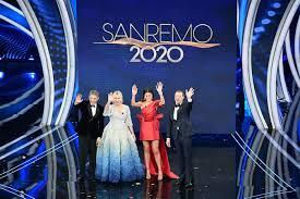 Sanremo 2020. I voti degli outfit della quarta serata. Dieci e ...
