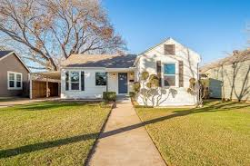 3912 calmont ave fort worth tx 76107