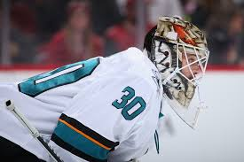 NHL: Aaron Dell glad he remains with San Jose Sharks