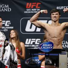 Aaron Phillips takes short-notice UFC 'Fight Island' booking ...