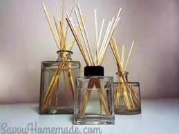 gorgeous diy reed diffuser in 10