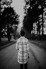 صور حزينة جدا بدون كلام كتابة عبارات تعليق للبنات للشباب عن الفراق