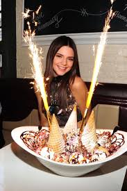 Kendall Jenner Fotos De Cumpleanos Sesiones De Fotos De