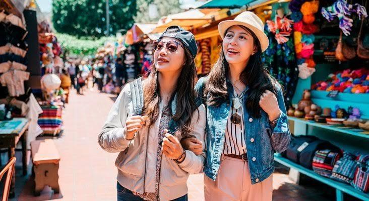 """Resultado de imagen de turistas chinos"""""""