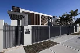 Black Fence Modern Fence Design Modern Fence Beach House Interior Design