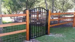 43 Smart Fence Gate Ideas Fence Landscaping Backyard Fences Wrought Iron Fences