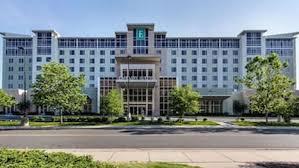 hotels near jersey gardens outlet mall