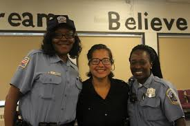 Meet Officers Ellis and Jordan with MPDs Deaf and Hard of Hearing Liaison  Unit | mpdc