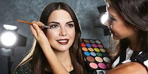 professional makeup artist cles