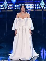 Oscars 2020: Frozen 2's Idina Menzel and Aaron Lohr arrive | Daily ...