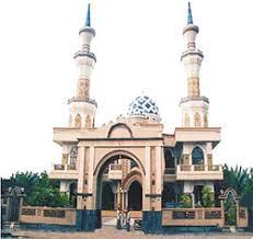 Hasil gambar untuk masjid jamiq baiturrahman kediri kabupaten  lombok barat