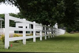 3 Rail Pvc Vinyl Farm Fence Installed By Rayco Fence In Wh Flickr