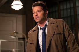 Supernatural: Watch Misha Collins Make the Perfect Castiel Pizza ...