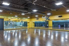 gold s gym anaheim 10870 katella avenue