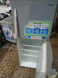 Tủ lạnh TOSHIBA 180 lít quạt gió xài bền giá 1.550.000đ - Hồ Chí Minh