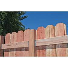 Simpson Strong Tie Fb Zmax Galvanized Fence Rail Bracket For 2x4 Lowe S Canada