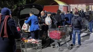 Emergenza Coronavirus, nei negozi della Campania è corsa a ...