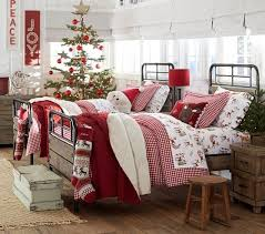 Cute Kids Room Decoration Inspirations For The Upcoming Holidays Godfather Style Christmas Decorations Bedroom Christmas Bedding Christmas Bedroom