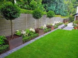Fence Landscaping Ideas 26 Small Backyard Landscaping Modern Backyard Landscaping Back Garden Design