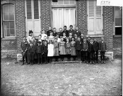 File:Miss Abigail Harris with school children 1904 (3192719960 ...