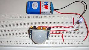 pir sensor based motion detector