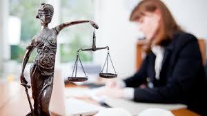 Підтримання публічного обвинувачення в суді – конституційна функція органів прокуратури