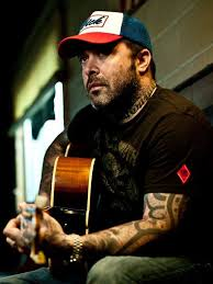 Aaron Lewis, from metal to country: 'I'm not going anywhere'