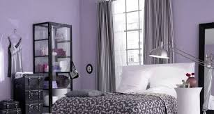 stunning curtain color for purple wall
